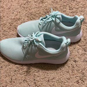 Deshabilitar Ewell perderse  Nike Shoes | Free Runs 40 | Poshmark